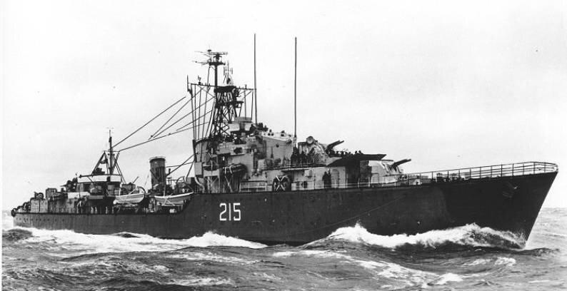 DDE-215 HMCS Haida Tribal class destroyer G-63 Royal Canadian Navy