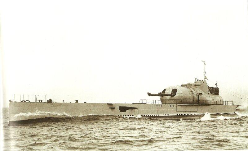"""Résultat de recherche d'images pour """"surcouf sous marin"""""""