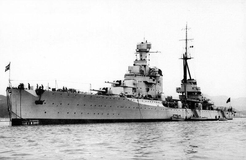 2653 x 1729] RN Bolzano, the last heavy cruiser of the Regia Marina :  WarshipPorn