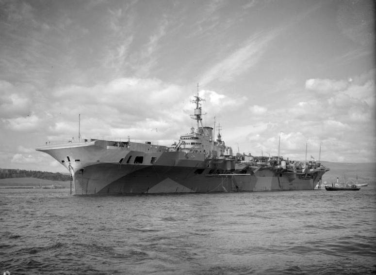 HMS_Implacable_%28R86%29.jpg