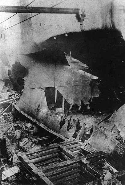 USS_West_Bridge_torpedo_damage,_boiler.j