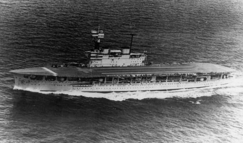 HMS_Eagle_underway_1930s.jpeg