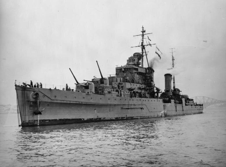 HMS_Dido_%2837%29.jpg
