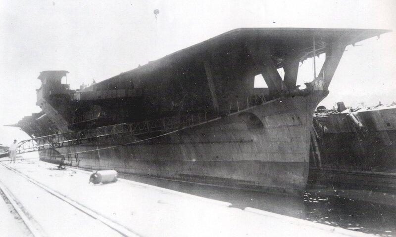 1920px-Japanese_aircraft_carrier_Ibuki_c