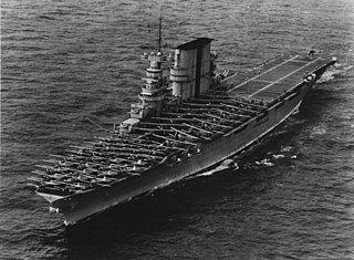 320px-USS_Saratoga_(CV-3)_landing_planes